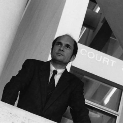 Daryl-Dellora-outside-Courtroom-3
